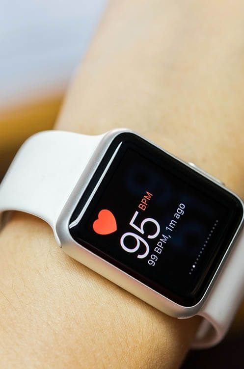 Smart watch with heart rate display